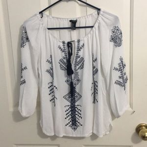 WHITE AND NAVY BLUE LONG SLEEVE BLOUSE